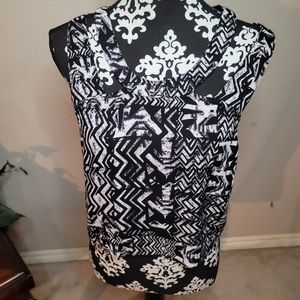 5 for$25💎Angie Aztec Tribal Print Top